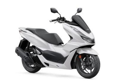 Honda PCX 125 pearl jasmine white NOVINKA 2021