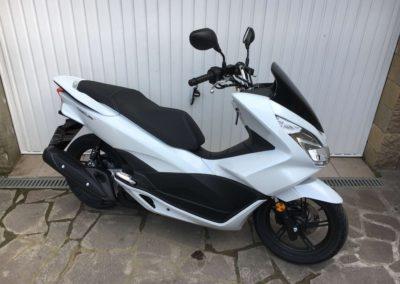 Honda PCX 125 Bílá